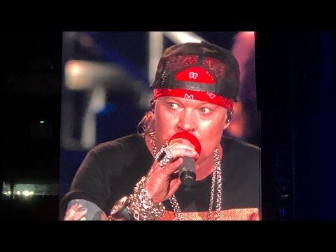 Guns n Roses Live in Jakarta 2018 Black Hole Sun