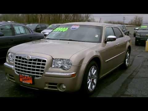 2008 Chrysler 300C Hemi Sedan Gold for sale Dayton Columbus Cincinnati Ohio - CP13338