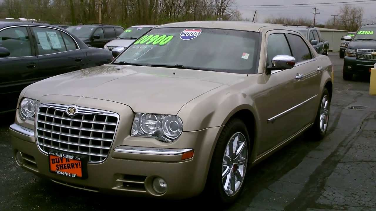 2008 Chrysler 300C Hemi Sedan Gold for sale Dayton Columbus