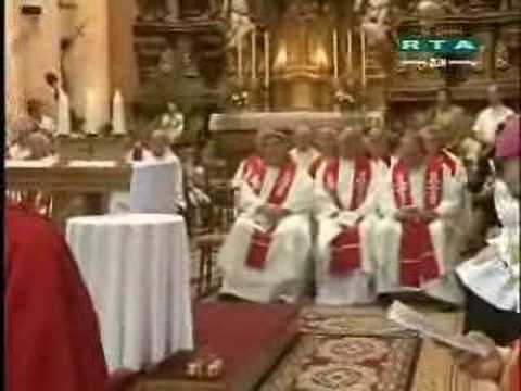 Kardinál Miroslav Vlk a biskupové ve Štípě