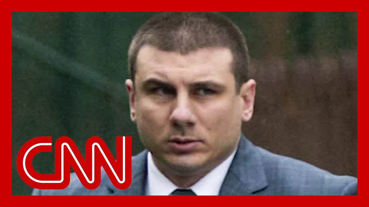 CNN:NYPD officer accused of choking Eric Garner fired