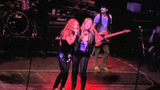 Garaje Jack y Aurora Beltran Sabor a Sal (Directo desde la Joy Eslava) HD YouTube Videos