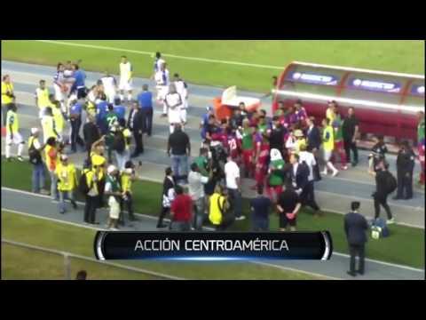 PELEA ENTRE BOLILLO Y PINTO POST PANAMA VS HONDURAS COPA CENTROAMERICANA