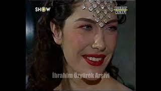 Kral TV ödül töreninde dekolte yarışı (2000)