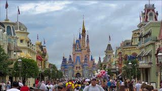 Magic Kingdom 4th of July 2021 Crowds - Filmed in 4K | Walt Disney World Orlando Florida July 2021