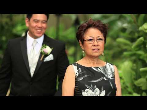 Hawaii Wedding, Oahu | Jamie + Kawika | Bishop Museum Wedding