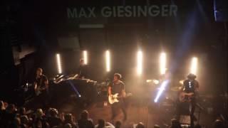 Barfuss und allein - Max Giesinger & Band, Flensburg, 24.2.2017