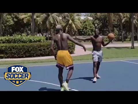 Paul Pogba and Romelu Lukaku hit the basketball court