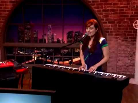 A Fine Frenzy's Alison Sudol LIVE