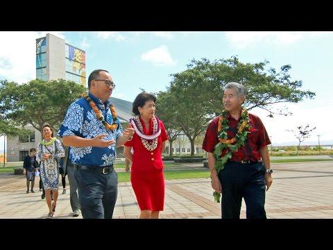 Governor David Ige visits UH West Oahu