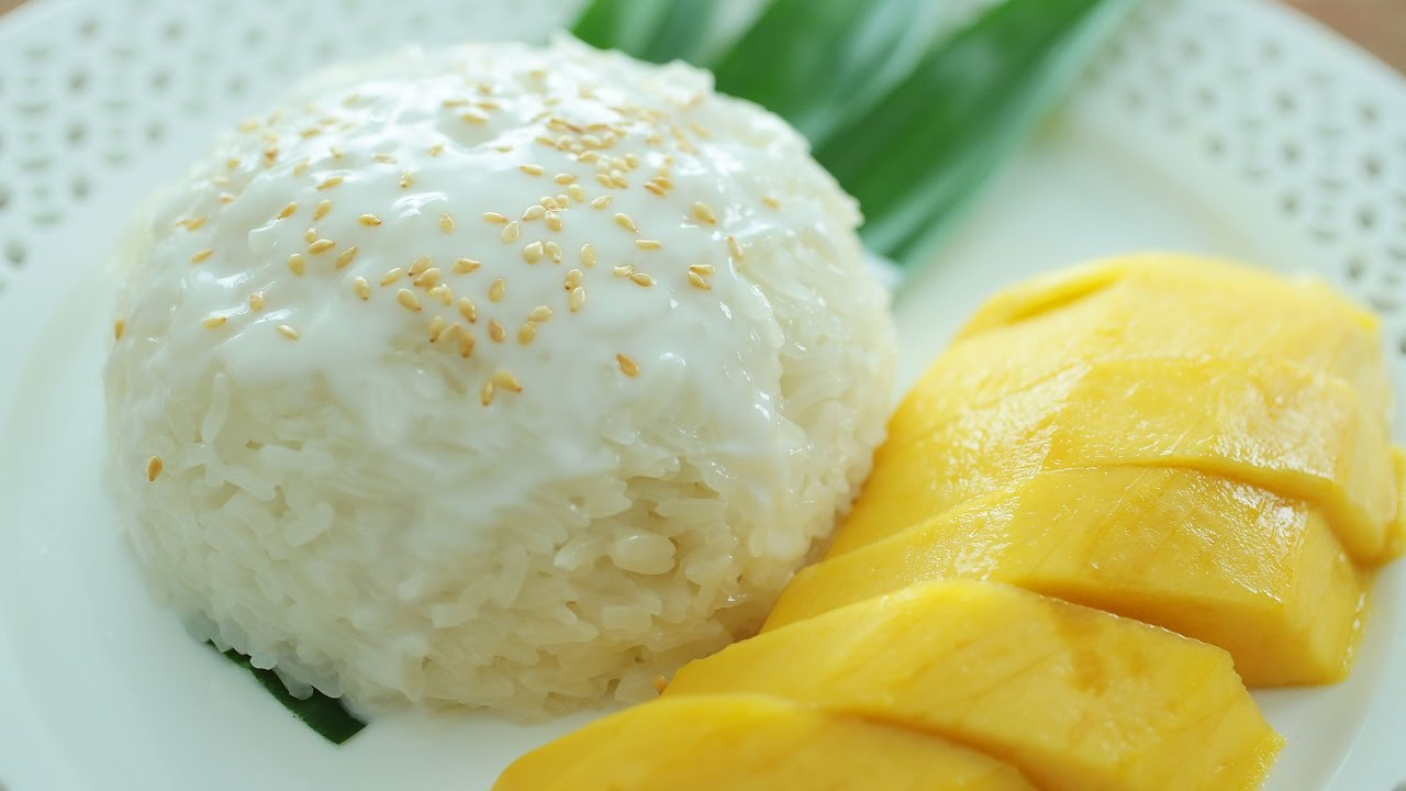 Mango Sticky Rice - 芒果糯米饭 - YouTube