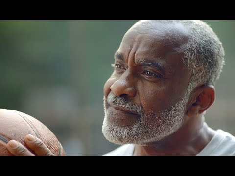 Hoops (TV Commercial) - Aetna Medicare Solutions