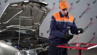 Πώς θα αντικαταστήσετε Βάσεις στήριξης κινητήρα SKODA OCTAVIA (1U2) - εγχειριδιο