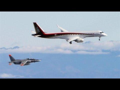 国産旅客機MRJ初飛行の雄姿 2015/11/11 離陸ー着陸/Mitsubishi regional jet first flight takeoff & landing