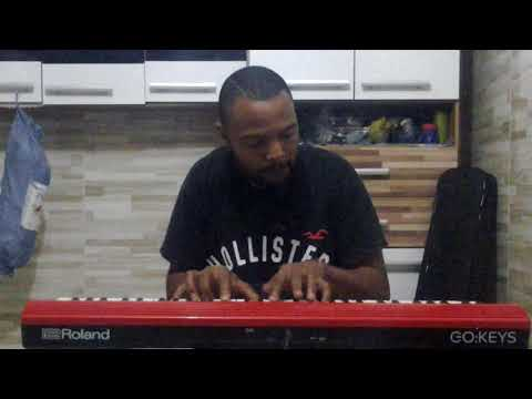 Roland GO:KEYS TOP