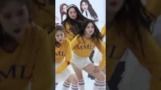모모랜드MOMOLAND 낸시Nancy 뿜뿜BBOOM BBOOM Kpop 직캠fancam 타임스퀘어 팬사인회