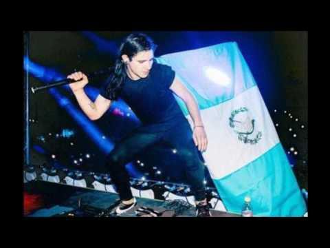 Luna De Xelaju vs Like A Bitch vs Like That (Skrillex Guatemala Intro) (DJFM Remake)