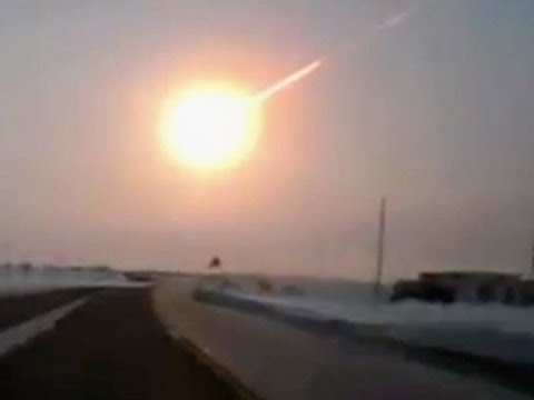 why does it when an asteroid hits earth the explode - photo #8