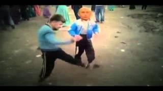 Путин Рамзан и Медведев танцуют лезгинку в Табасаране(Путин Рамзан и Медведев танцуют лезгинку прикол! В Табасаране!!, 2014-03-15T16:43:19.000Z)