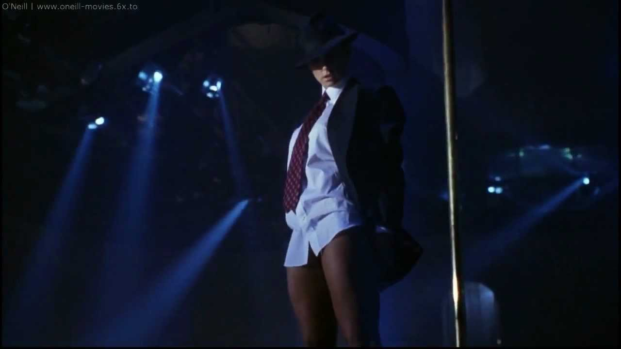 clip video tease demi Strip moore