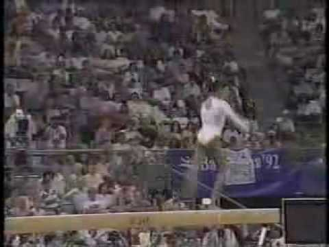 Betty Okino - 1992 Olympics EF - Balance Beam streaming vf