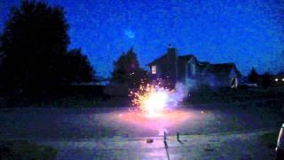 Wichita Kansas Neighborhood Fireworks Show 2011 (NEW)
