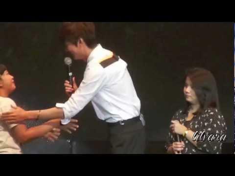 [HD FANCAM] Lee Minho plays Gai Bai Bo and Cham Cham Cham