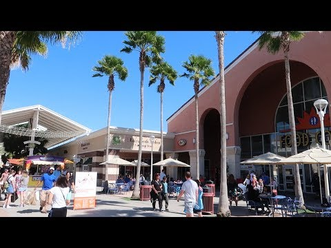 A Quick Tour Around The Orlando Premium Outlets At Vineland & A Character Warehouse Fail!