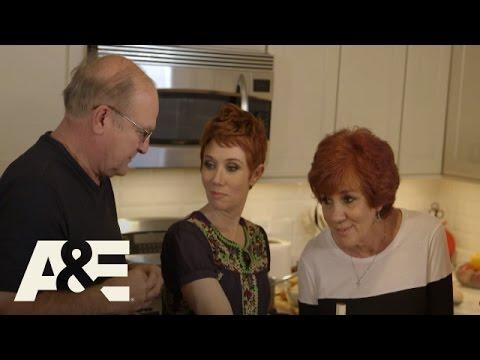 Download Donnie Loves Jenny: Bonus Scene - One Good Ear (Season 2, Episode 7)   A&E