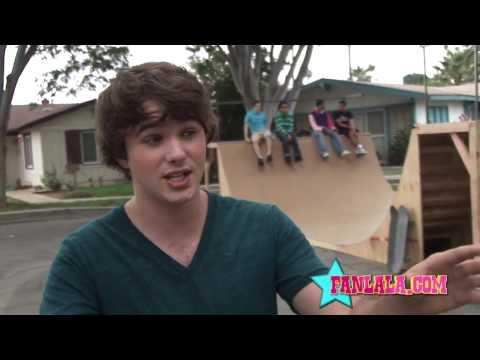 Hutch Dano Describes Zeke & Luther Music Video