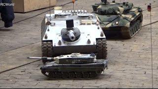 Big RC Tanks Panzer Bundeswehr ♦ Erlebniswelt Modellbau Kassel 2015 Modellbaumesse