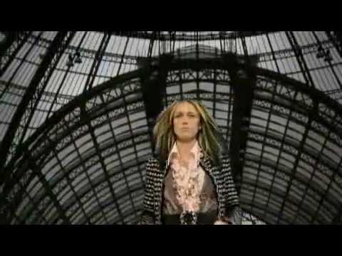 Chanel Fall 2006 Fashion Show (full)