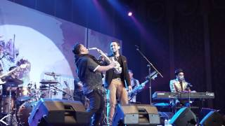 Download Glenn Fredly feat. Maruli Tampubolon -  Akhir Cerita Cinta (Live)