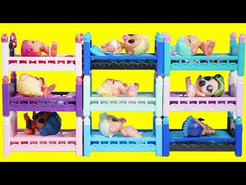 LOL Surprise Winter Lil Custom Bunk Beds with Barbie Ambulance Goldie