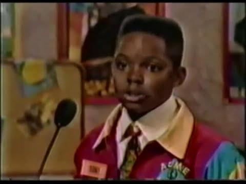 Where in the World is Carmen Sandiego? (1992) | The Heinous Hockey Heist | Tony vs. Ijha vs. Michael