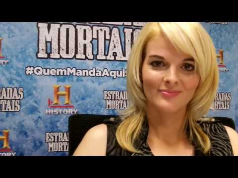 Lisa Kelly de Estradas Mortais manda um salve para o Série Maníacos