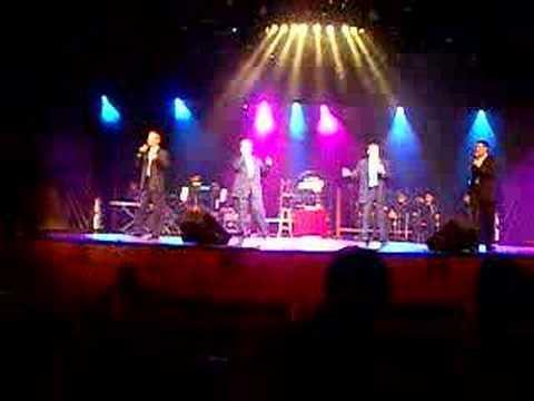 Show im Theater der Celebrity Mercury
