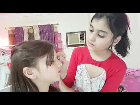Minnie's Beauty Parlor - Kids play, girls makeup video