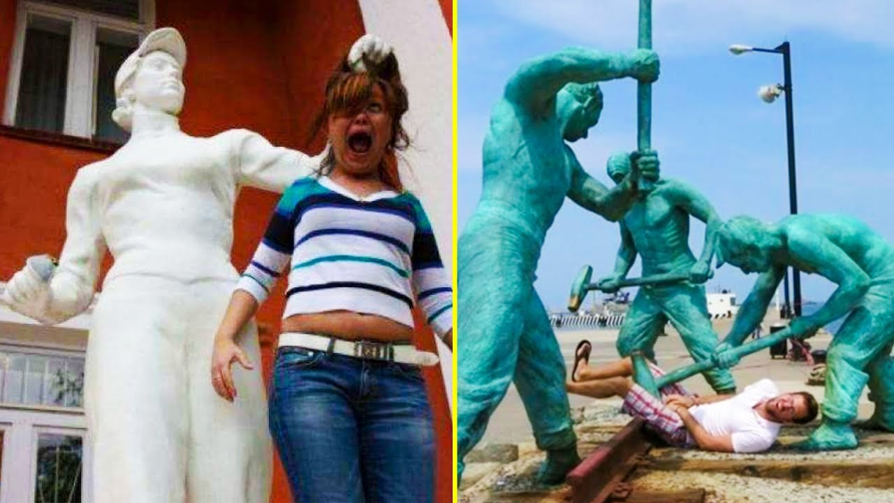 people-who-know-how-to-have-fun-when-they-see-a-statue-funny-photos