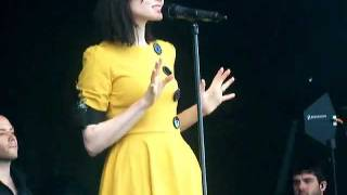 Sophie Ellis Bextor- Today The Sun
