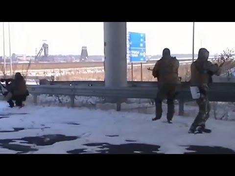 Ukraine War - Russian armed forces in firefight with Ukrainian army in Donetsk Ukraine