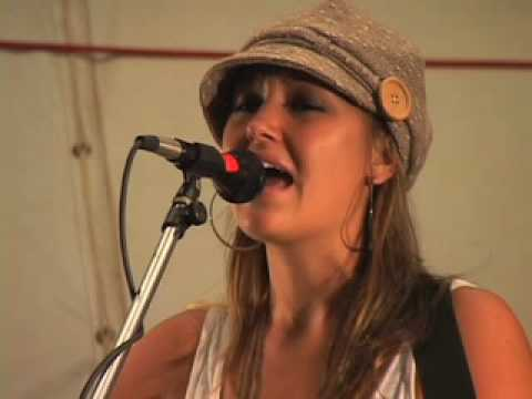 Anuhea performing at the Maui Community College Sustainable Living Expo