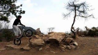 OMJ バイクトライアル
