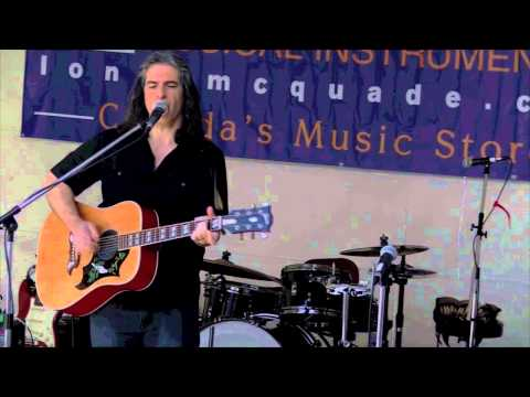 """Download Steve Sainas performing """"Hey Hey"""" by Big Bill Broonzy"""