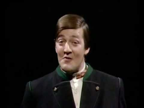 Hugh Laurie & Stephen Fry speaks German
