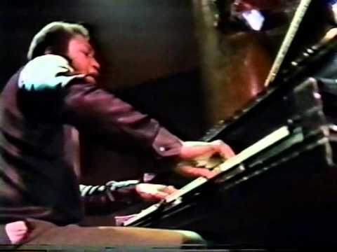 Pharoah Sanders at the Great American Music Hall in SF CA 1985 (complete)