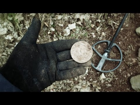 A Noisy Metal Detecting Trip - With A Huge Find