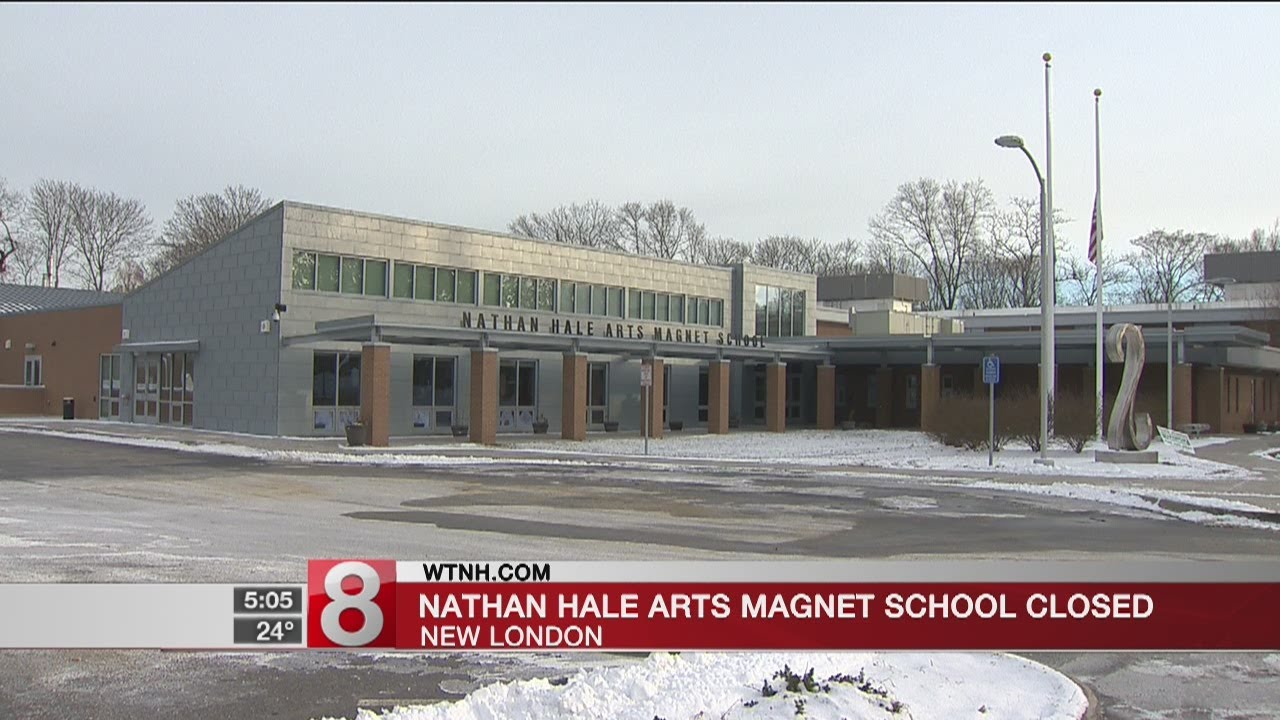 Water system breaks force New London school to close for week