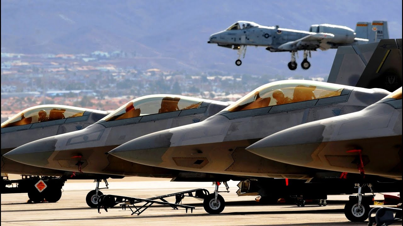 F-22 vs Eurofighter