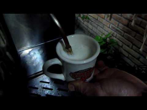 CAFETERA ANTIGUA DE BAR RESTAURADA FUNCIONANDO III